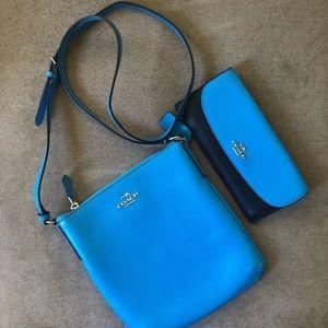 Women's Coach crossbody messenger & wallet